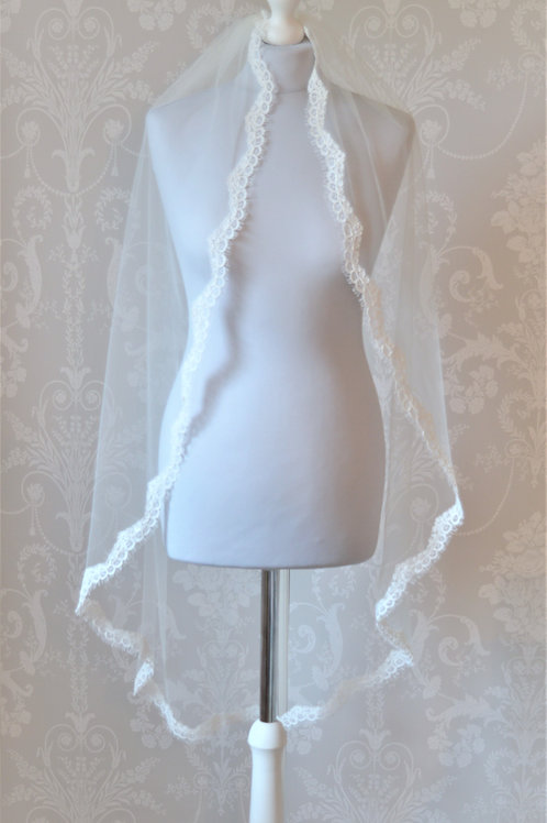 """ MILA"" Luxury Vintage Inspired Bridal Veil"