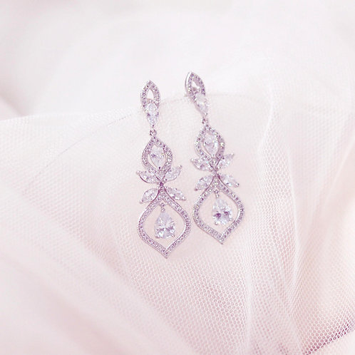 Vivian Classic Beauty Bridal Earrings