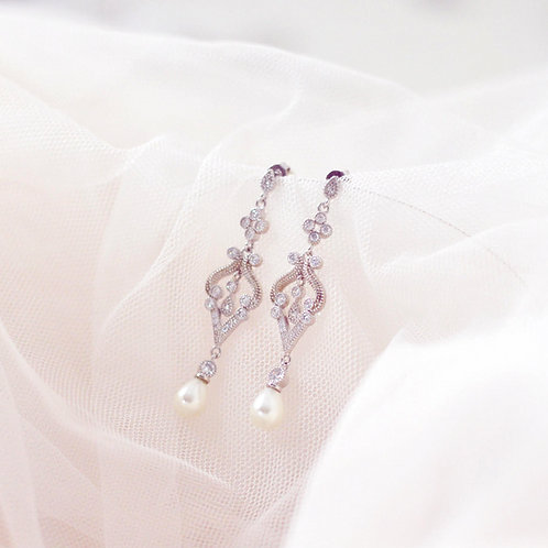 STELLA Cubic Zirconia and Pearl