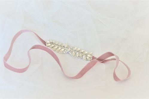 EMELINA Crystal Vintage Inspired Bridal Belt