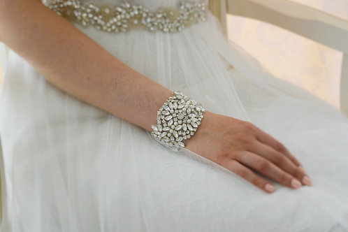 EVERLY Crystal and Soft Ivory Pear Bridal Cuff