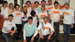 Lions serveren diner aan ouderen met NL Doet
