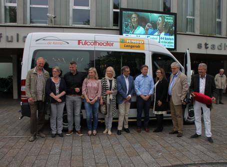 Nieuwe bus Zender Express mede gesponsord door Lions
