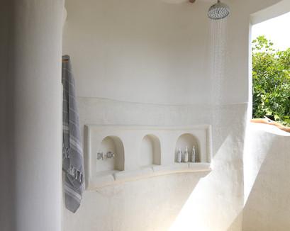 bahari-bathroom4.jpg