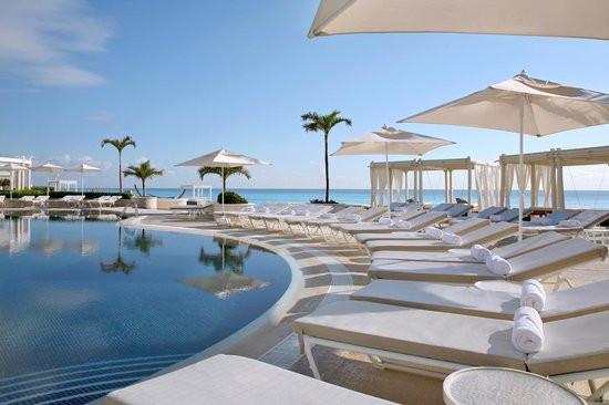 Top 5 Luxury Resorts in Cancun