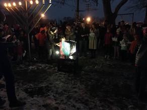 Berkeley Heights Receives New Community Dreidel at 2nd Annual Menorah Lighting