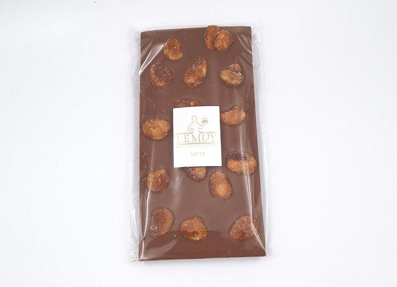 Tablette de chocolat amande