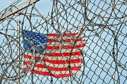 prison_jail_detention_fence_0.jpg