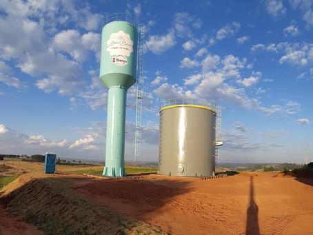 Poço artesiano com reservatório de 600 mil litros está pronto.