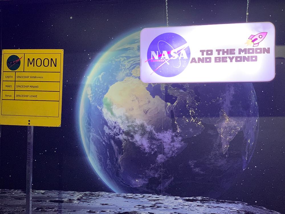 תיירות העתיד: החללית לירח יוצאת מכאן