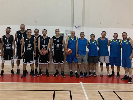 אינגליש סנטר א' ניצחה את החברים של בלייכר במשחק אימון לקראת פתיחת העונה