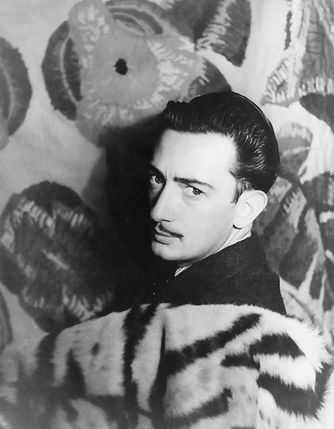 Salvador_Dalí_1939_photo_Carl_Van_Vechten
