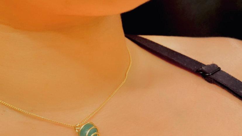 Aventurine Queen Caged Necklace