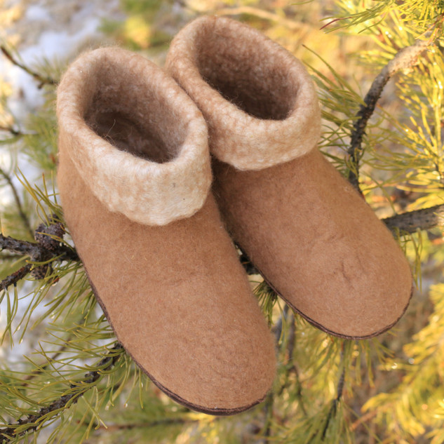 slippers front