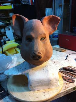 Sculpting pig