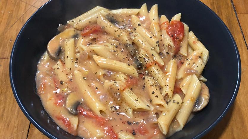 Mushroom & Tomato Penne Pasta