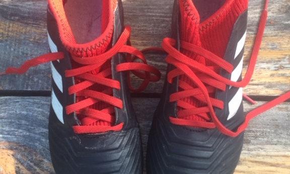 Adidas - Astroturf - Size 2.5