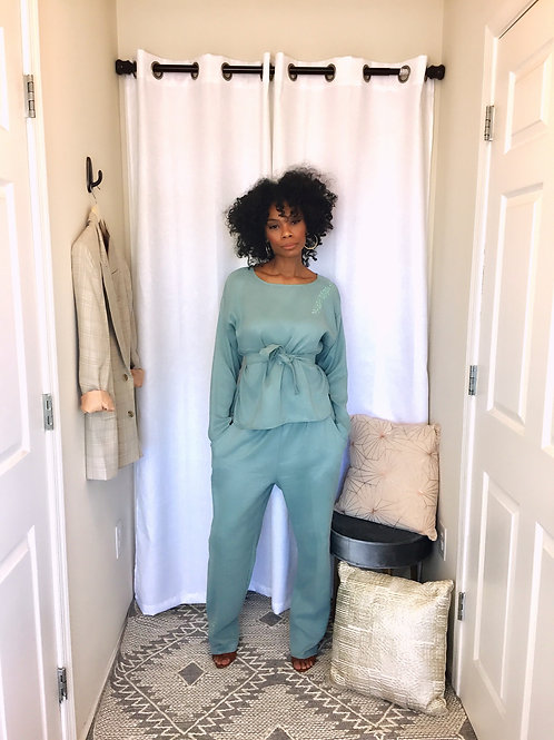 Mint green ultra suede belted tunic and bottoms set size M/L