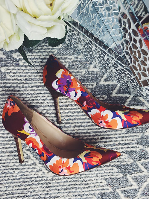 Multi Color Flower Print Pump - SIZE 9.5