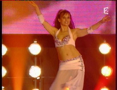 Danse orientale avec Amana au Symphonic show sur France 2