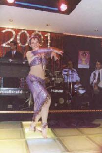 Cabaret danse orientale avec Amana