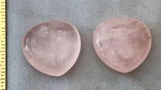 RoseQuartz-hearts-small1.JPG