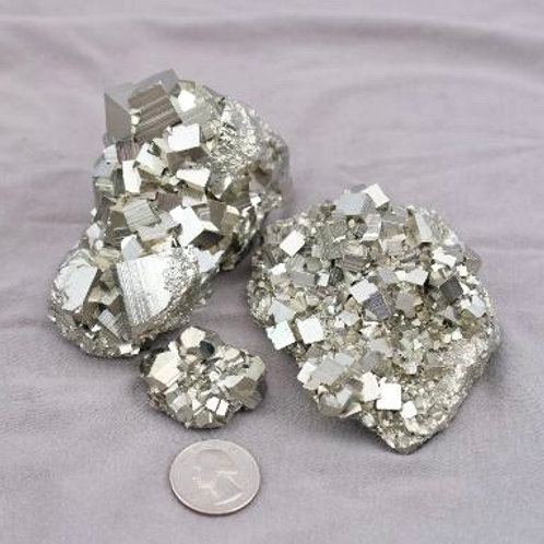 Pyrite: Cube Clusters (size range1)