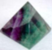 Fluorite-pyramid1.JPG