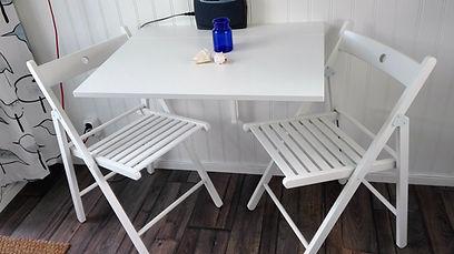 Hopfällbara stolar och bord