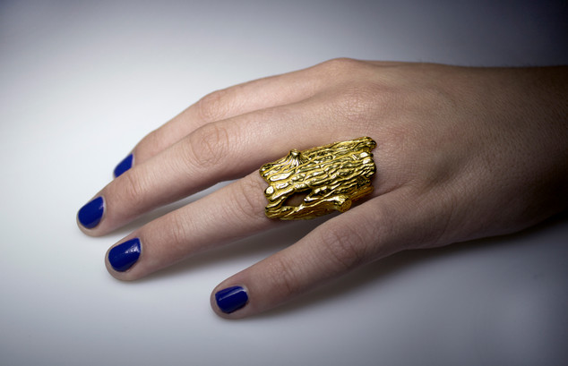 Gold Log ring