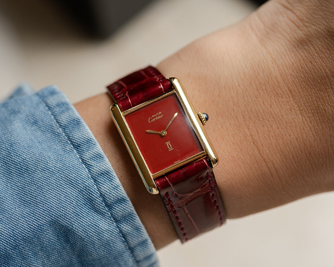 Must de Cartier Tank Red Lacquer dial with manual wind movement