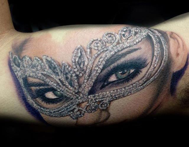 Portrait tattoo of the beautiful _lindas