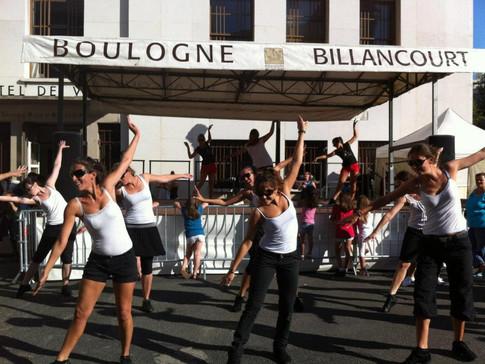 Prestation danse au forum des activités de Boulogne-Billancourt