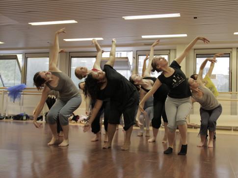 Cours de danse contemporaine à Boulogne-Billancourt