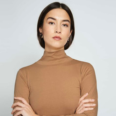 SHOP Turtle Neck Sweater Mio Whisky
