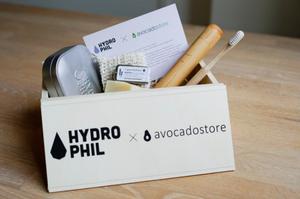Das perfekte Geschenk für alle, die ihr Badezimmer im nächsten Jahr etwas nachhaltiger gestalten wollen. Die Zer-Wast-Box von Hydrophil und dem Avocado Store.