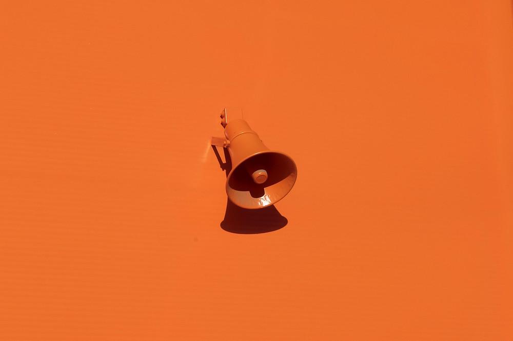 orange horn