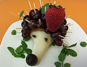 Fruit decoration for kids / pear garnish for kids