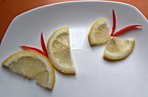 Fruit garnish / lemon decorating
