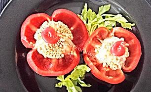 Food decoration / bell pepper garnish