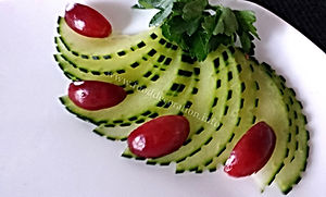 Food decoration / cucumber garnish