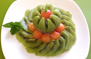 Fruit decoration / kiwi fruit
