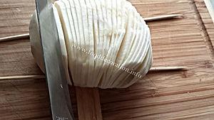 garnishing with turnip / vegetable decorating