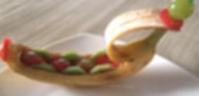 Food decoration / fruit garnish / banana