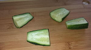 Food decorating with cucumber