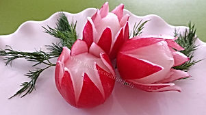 Radish garnish / food decoration / tulips