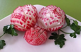 Radish garnish / vegetable decoration