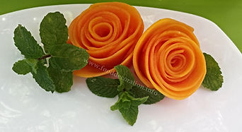 Papaya garnish / food decoration