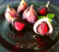 Fruit Dessert, figs presentations, fruit decorating, dessert presentations, fresh figs, food decorating, restaurant dishes, dessert presentations