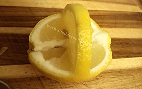 Lemon garnishing / fruit decorating